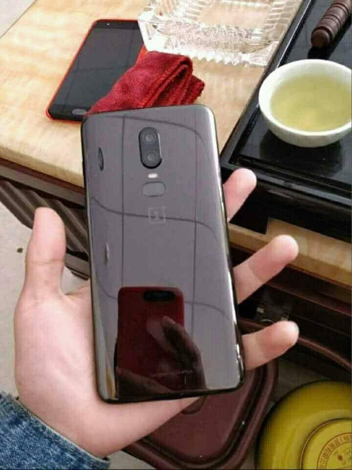 Is This The OnePlus 6? Live Image Leaked